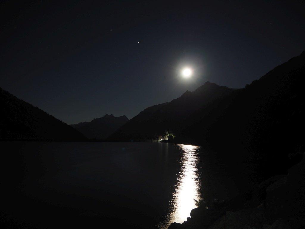 Il Lago di Malga Bissina alla partenza