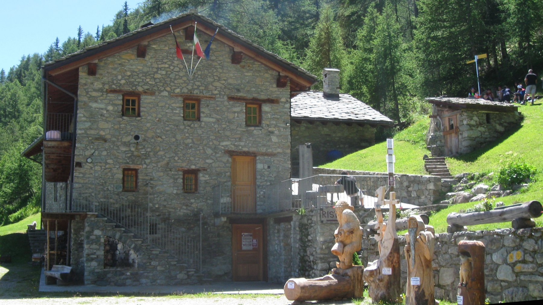 Rifugio Chaligne  1939 m.
