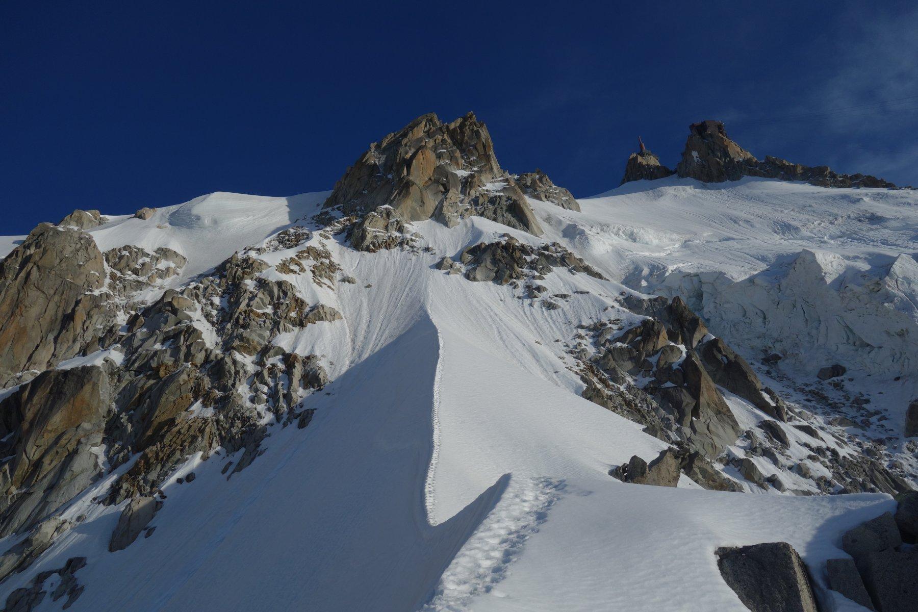 La cresta nevosa