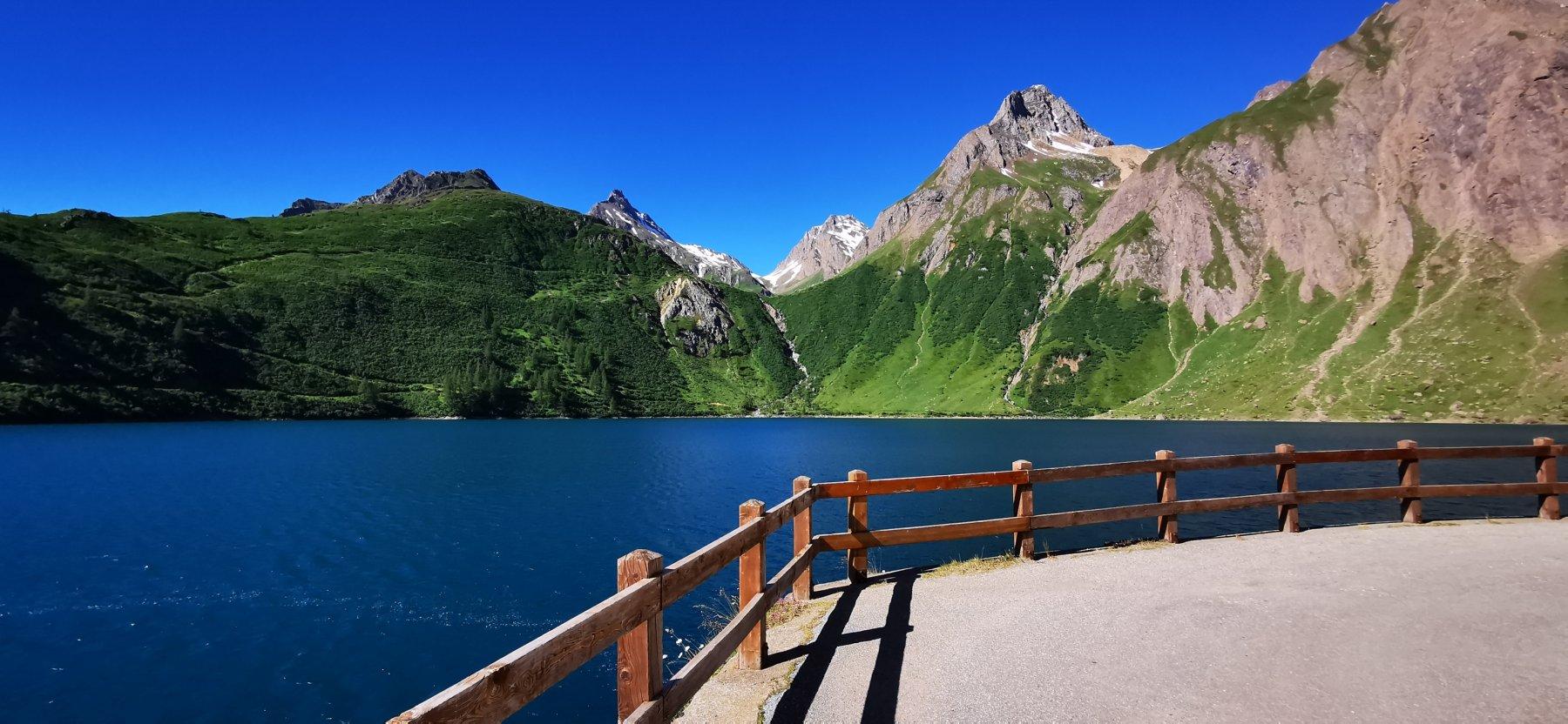 il Lago di Morasco, punto di partenza per questa bella gita