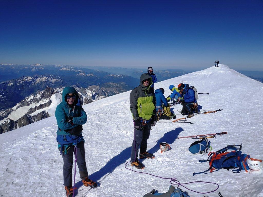 In cima al Monte Bianco.