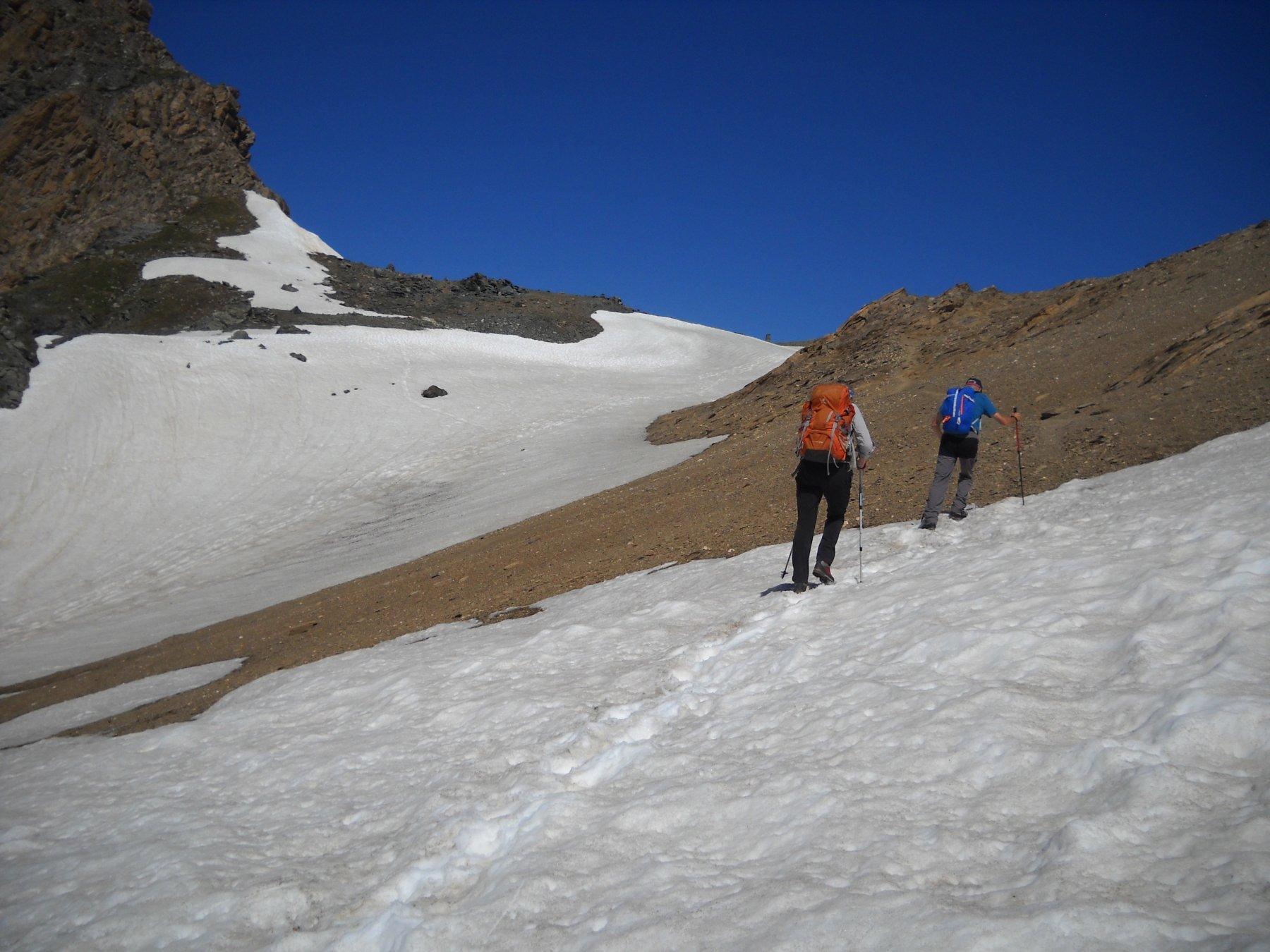 ultimi metri al colle Leynir 3093 mt.