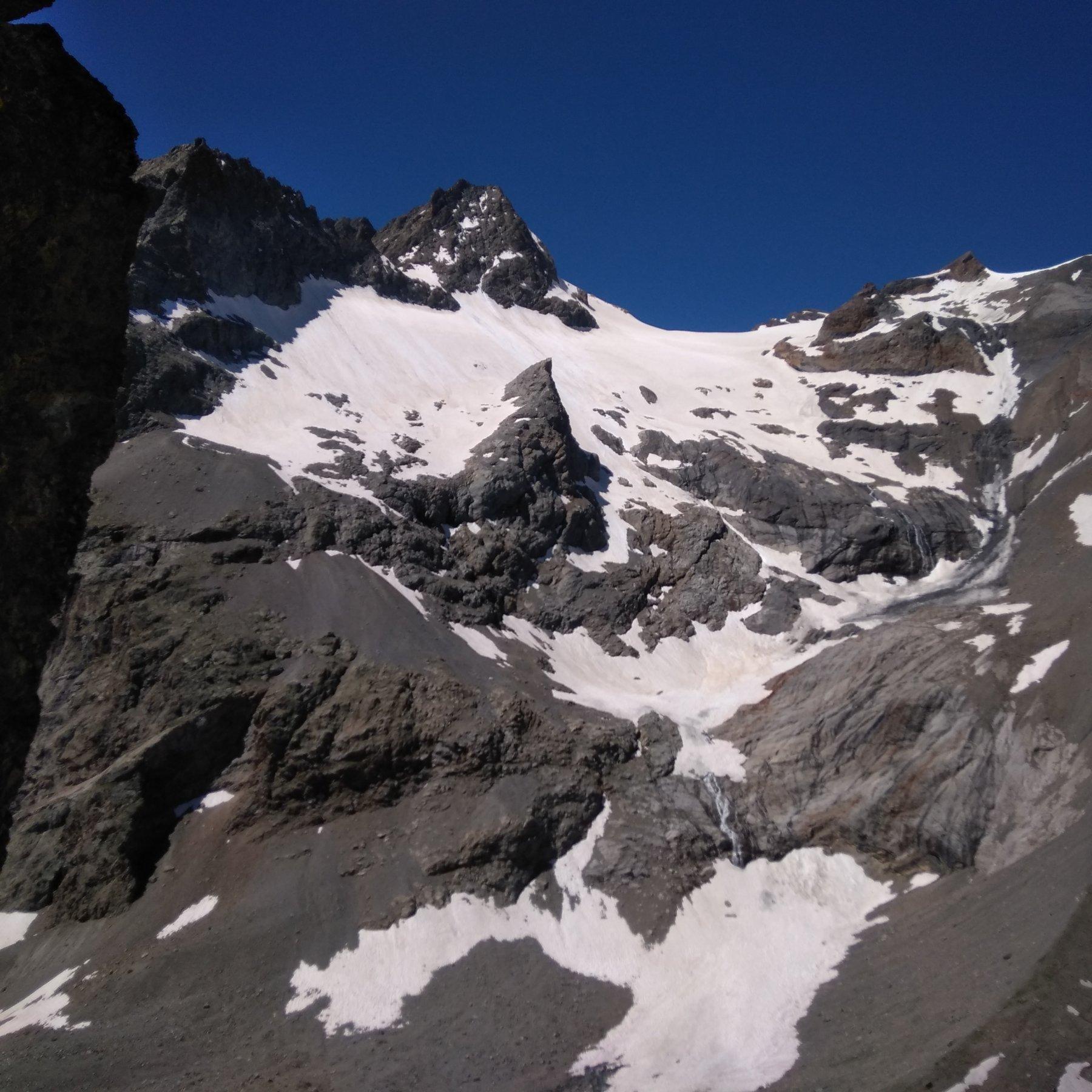 Sembrano esserci ancora buone condizioni per il ghiacciaio  de Seguret Foran