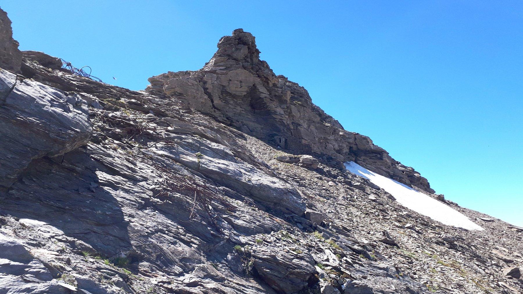 Vetta, ultimi metri da arrampicare
