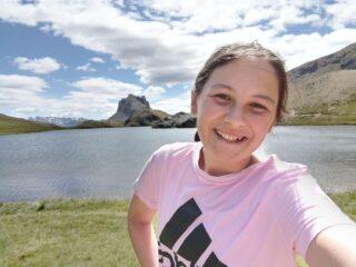 Selfie in riva al lago di Roburent
