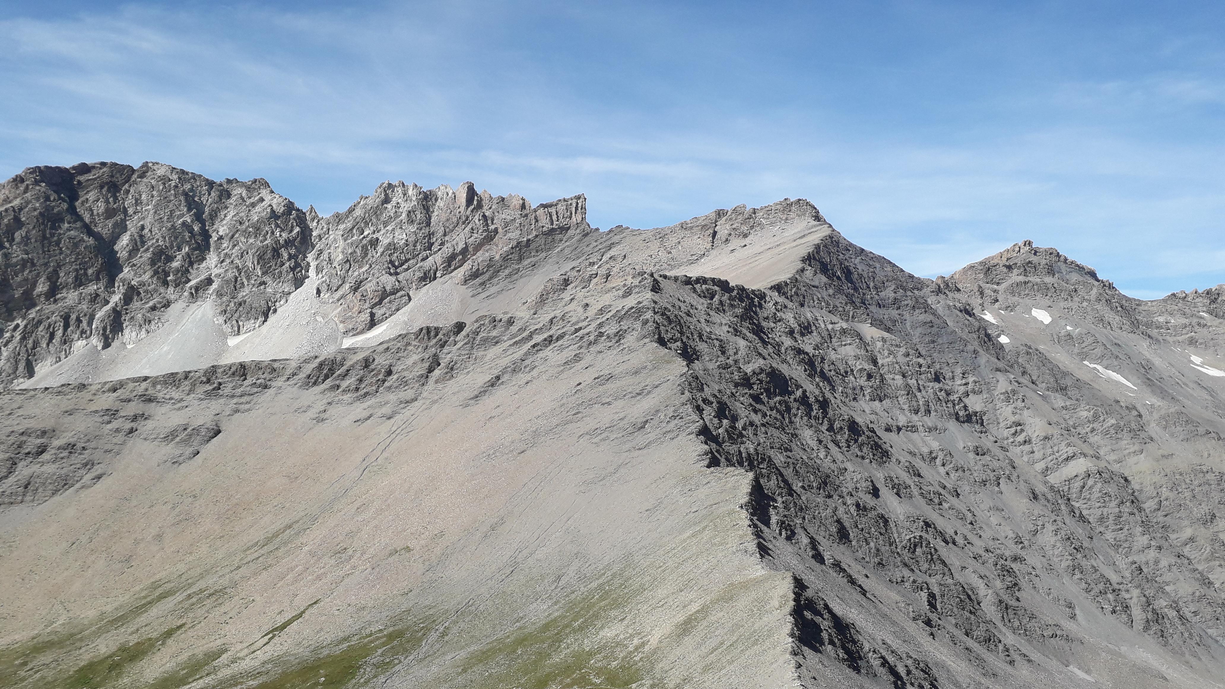 la cresta dalla vera cima