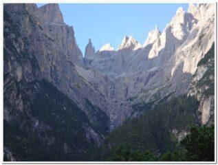 La valle che porta l bivacco Battaglione Cadore