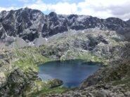 Lago Nero scendendo nel pomeriggio