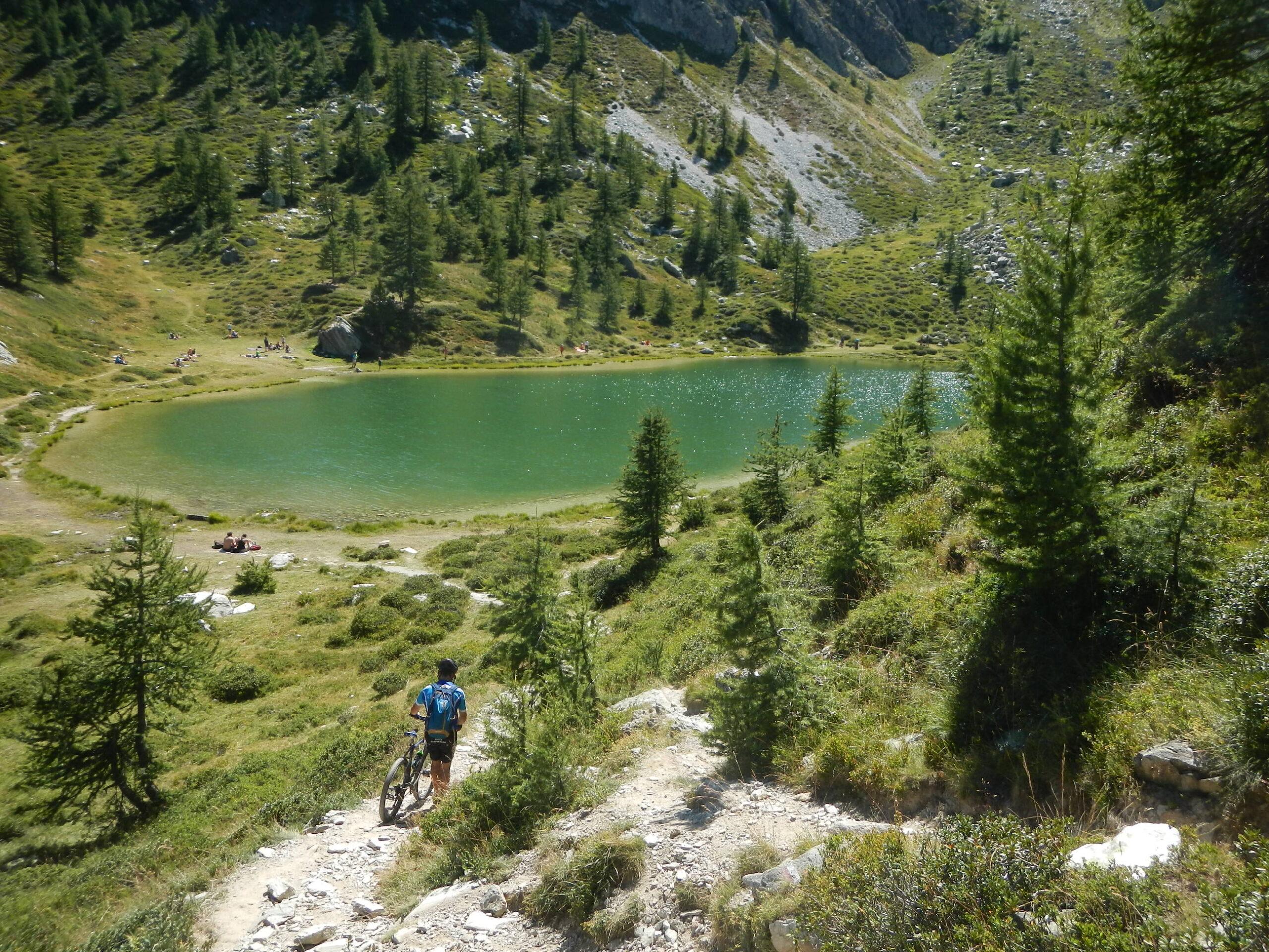 discesa verso il Lago Nero 2246 m.