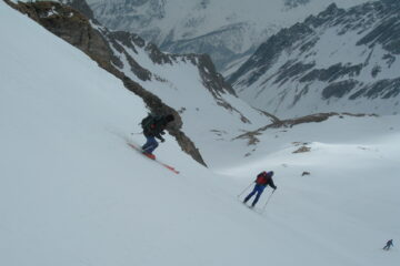 Bei pendii da sciare   I   Des belles pentes à skier   I   Nice slopes, where skiing is a delight   I   Tolle Skihänge   I   Magníficas pendientes para esquiar