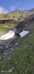 Neve residua in un canalone