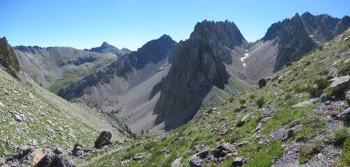 Panorama dalla Colletta Vittorio sullo sfondo colle Oserot