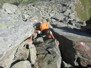 Qualche tratto di facile arrampicata