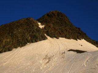 il canale, che si percorre su neve nella parte alta