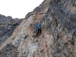 Uno dei tratti di roccia gialla e difficile.