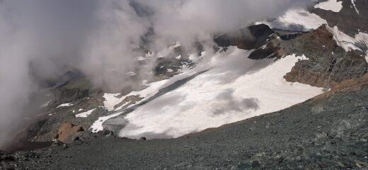 Il glacio-nevaio ormai ridotto