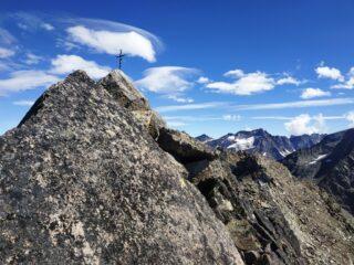Arrivo in cima dalla cresta ovest.