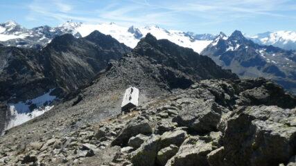 la casermetta Machabi, la cima sud ed il Rutor