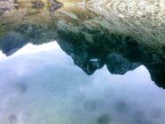 Monviso e satelliti specchiati nel lago Fiorenza