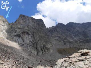Dal Rifugio Bozano si vede la cima sulla sx