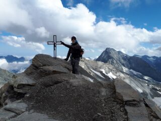 Croce lungo la cresta per l'Albaron.