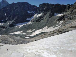 Lingua nevosa che parte da quota 3000 per accedere al ghiacciaio