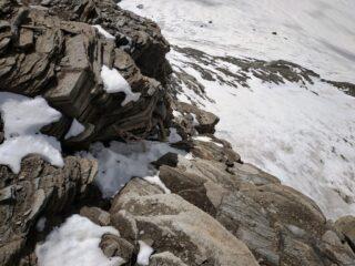 Tratto attrezzato per accedere alla cima dal ghiacciaio francese.