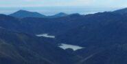 I laghi del Gorzente e la Guardia visti dalla vetta