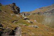 Sentiero che sale al Colletto Bussola