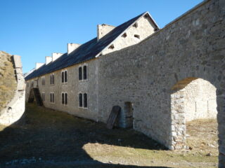 Fort de l'Olive 2239 m.