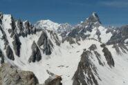 Il panorama verso il Monte Bianco   I   La vue vers le Mont Blanc   I   What a view onto Mont Blanc!   I   Das Panorama Richtung Mont Blanc   I   El panorama hacia el Mont Blanc