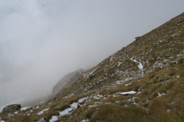 solo un dito di neve sul sentiero