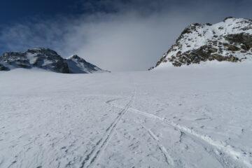 neve discreta sul ghiacciaio Chateau Blanc