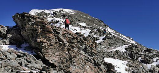 nella parte alta della crestone SO del Boucher a quota 3160 m