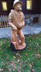 Bella scultura davanti al bar a Pian Coumarial
