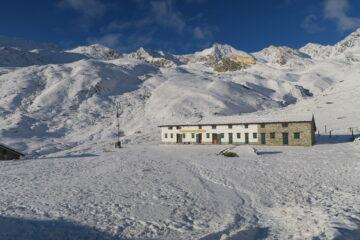 al rifugio pochissima neve