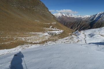 sceso fino a pochi passi dal rifugio facendo arrabbiare gli sci
