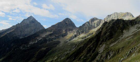 Da sinistra: Tagliaferro, Corno Mud , Punta Chiara e Corno Piglimò