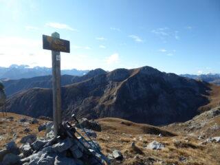 dalla cima Fauniera sguardo verso l'Omo...