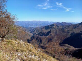 Verso la Garfagnana dalla Foce di Petrosciana