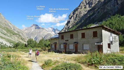 Passiamo al Ref. du Carrelet 1909mt. non messo bene all'esterno. Il rifugio è   chiuso e non è più gestito da un po' di anni, è però fruibile il locale invernale.