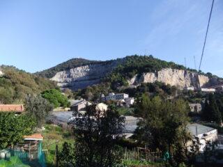 Il Monte Gazzo da Costa di Sestri