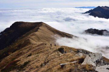 Salendo la cresta Sud-Est del Tibert