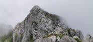 la Cima Est del Monte Toraggio vista dalla Cima Ovest