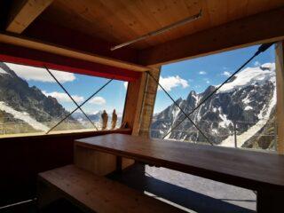 Panorama dalla sala da pranzo del rifugio Gonella