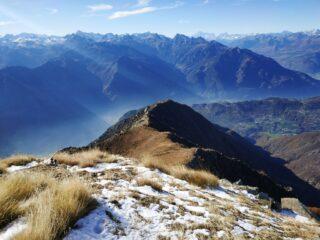 La cresta percorsa, vista dalla cima.