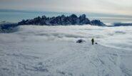 La traccia che arriva in cima dalla Val Travignolo con le Pale di San Martino sullo sfondo.