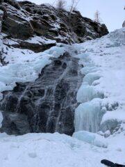 La cascata di destra.