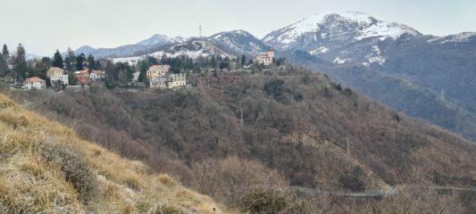 Creto e Monte Alpesisa (a destra)