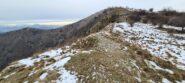 il crinale Nord del Monte Alpe con pochissima nve